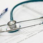 社会福祉士が受けることができる研修と認定制度について